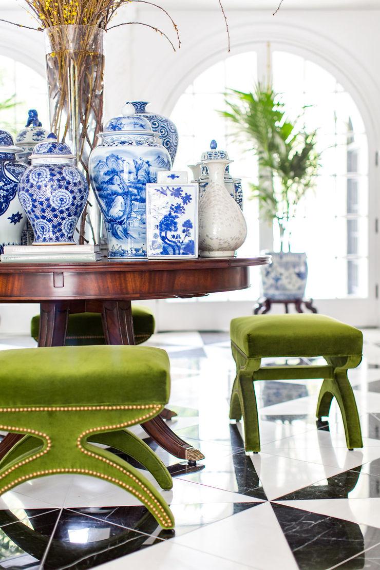 2018 Showcase House of Design – Grand Foyer Amy Peltier Interior Design & Home Living room