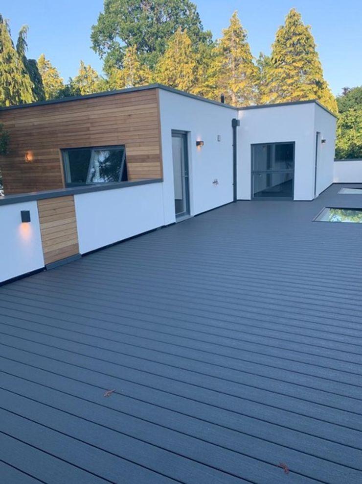Contemporary 4 Bedroom Detached House, Burcot, Abingdon Abodde Luxury Homes Modern balcony, veranda & terrace