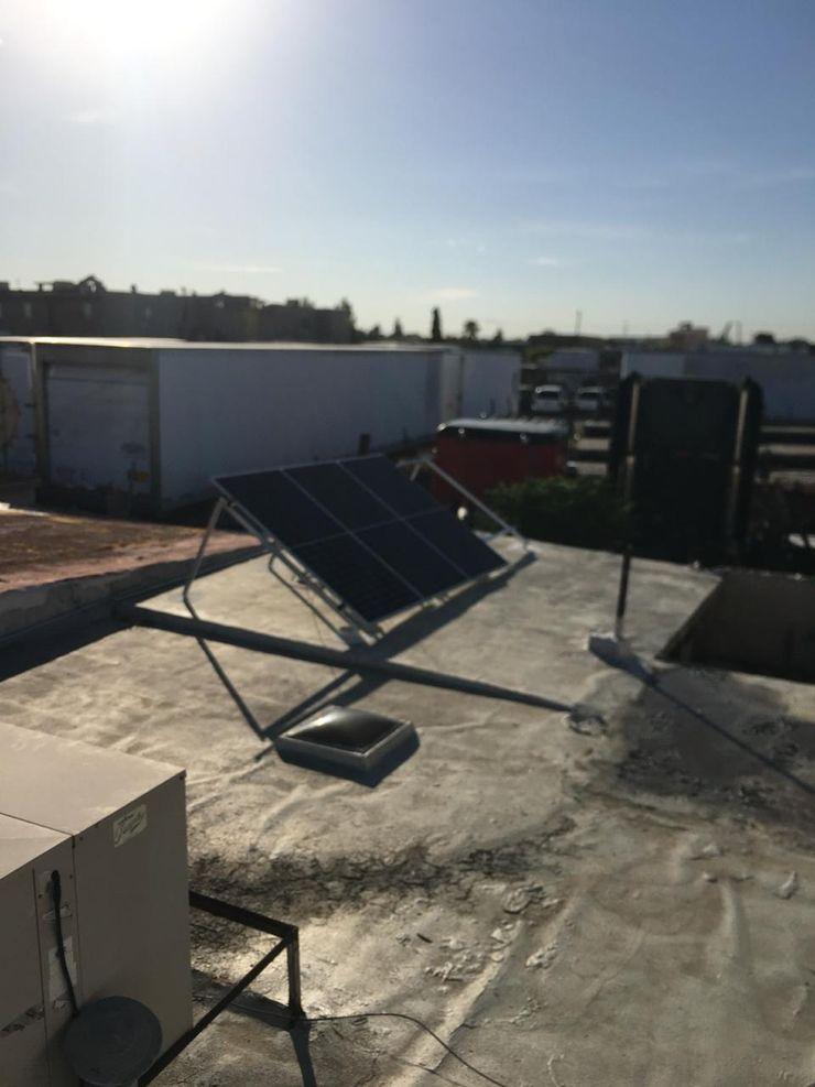 Desarrollo de la instalación ESPECIALISTAS EN ENERGÍA SOLAR SOLAR MX INSTALACIÓN DE PANELES SOLARES Techos