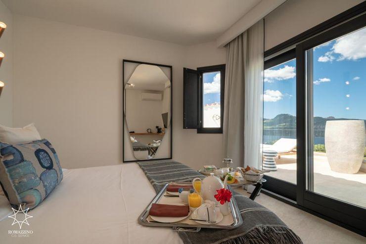 Guest room ROMAZZINO C.S. SERVICE SRL Hotel moderni