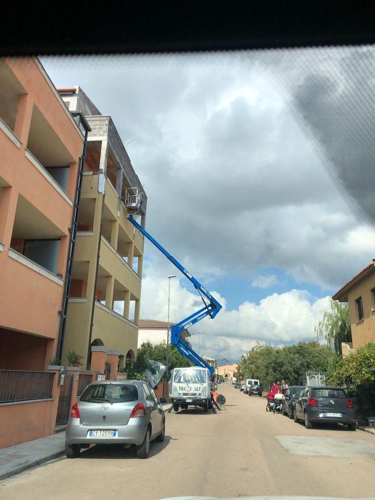 ROMAZZINO C.S. SERVICE SRL Casas multifamiliares