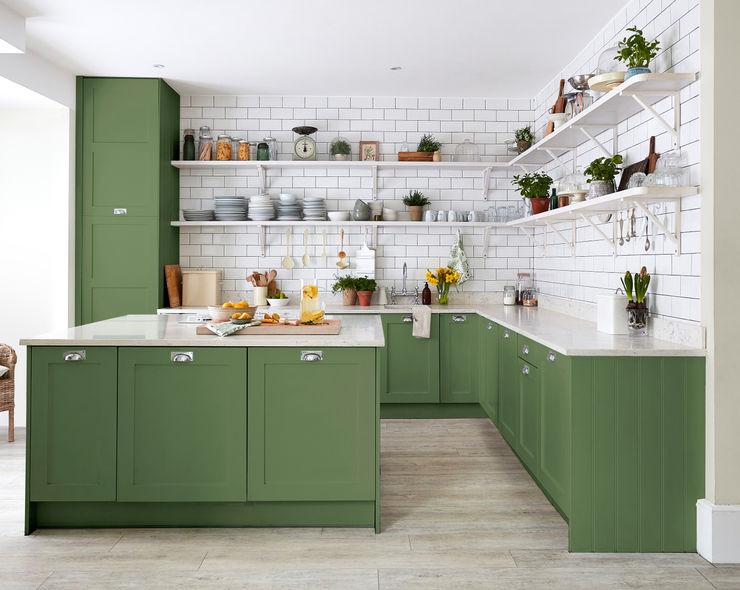 Devon Green Kitchen for Sanderson Paint Alice Margiotta Cuisine rurale Vert