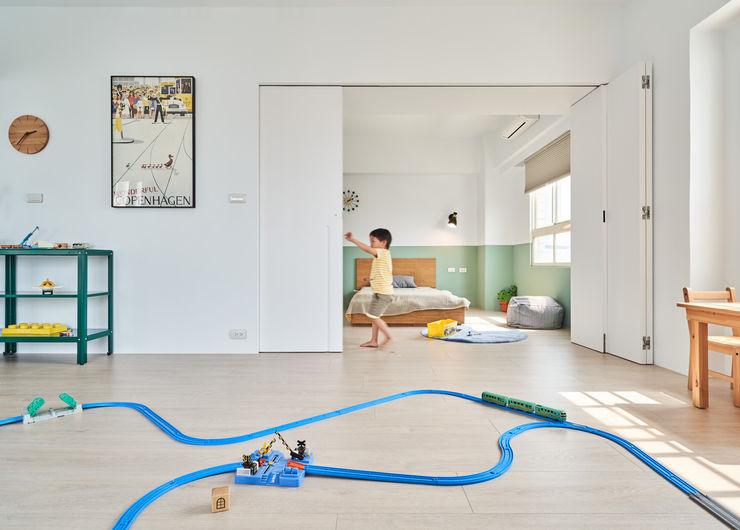 日光小屋諧奏曲|防水百葉簾.遮光蜂巢簾 空間構成:HAO Design 好室設計 MSBT 幔室布緹 嬰兒房 複合木地板 Wood effect