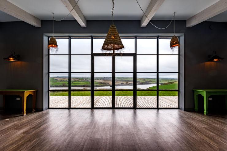 Huge floor to ceiling windows Arco2 Architecture Ltd Modern windows & doors
