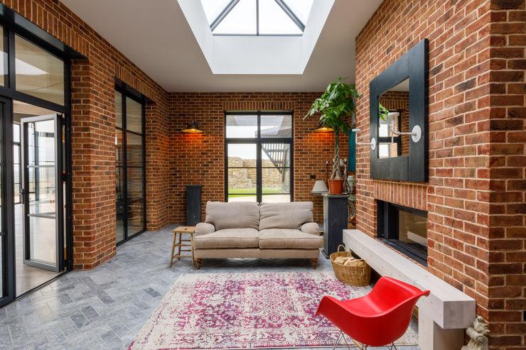 Modern Retro Style Family Home Arco2 Architecture Ltd Modern corridor, hallway & stairs