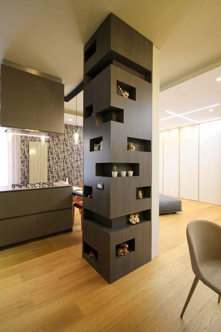 Studio Ferlenda Вбудовані кухні Дерево Сірий