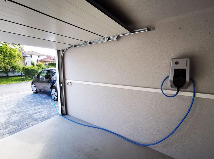Seitz Elektroinstallation Prefabrik garaj Beton Beyaz