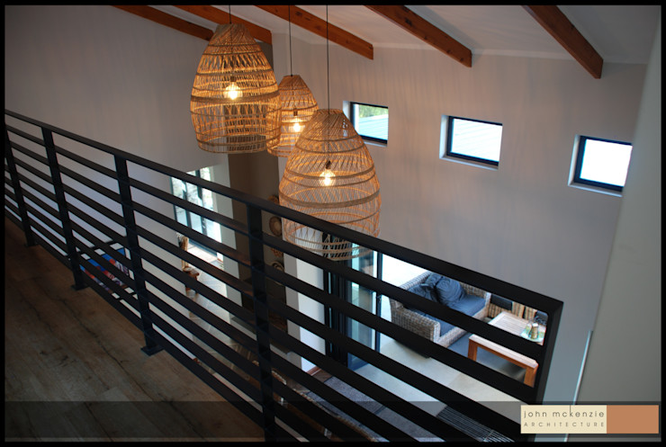 House Steeneveldt John McKenzie Architecture Modern Corridor, Hallway and Staircase