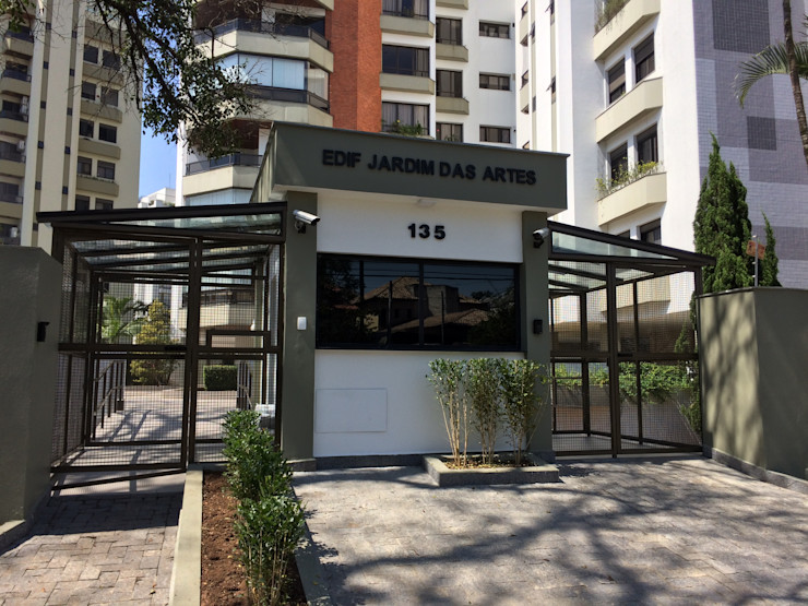 Lucia Helena Bellini arquitetura e interiores Office buildings