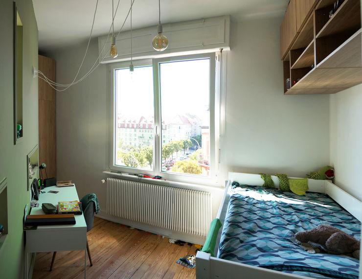 VUE SUR CHAMBRE 2 Lionel CERTIER - Architecture d'intérieur Chambre d'enfant moderne