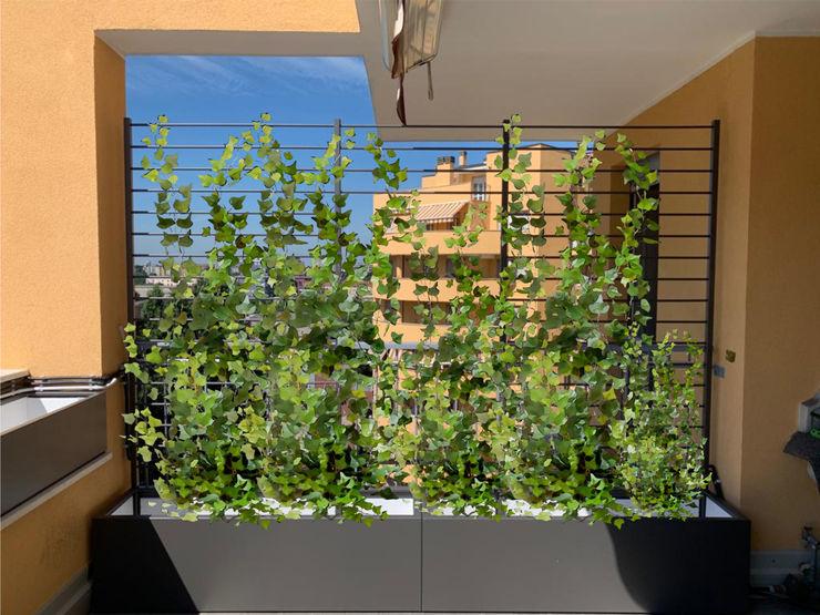 Fioriere in alluminio per rampicanti Martin Design s.r.l. Balcone, Veranda & Terrazza in stile moderno Alluminio / Zinco