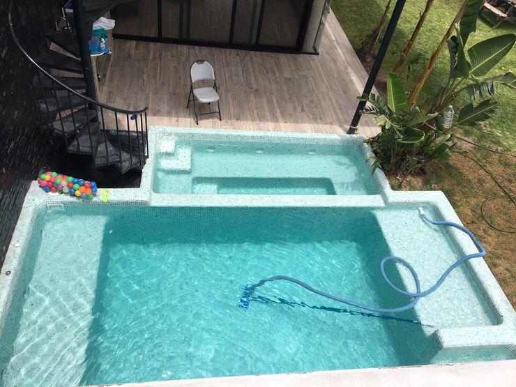 Kaland Water Garden Pool Turquoise