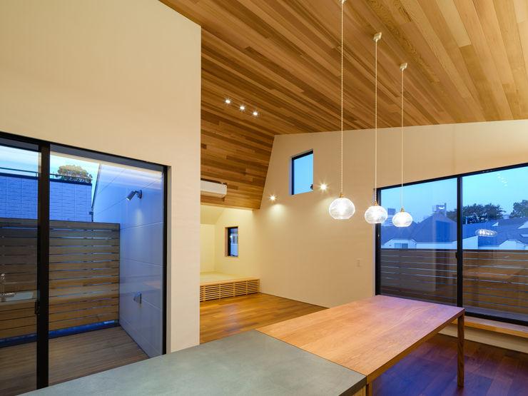 明大前の賃貸併用二世帯住宅 設計事務所アーキプレイス 北欧デザインの キッチン 木 木目調