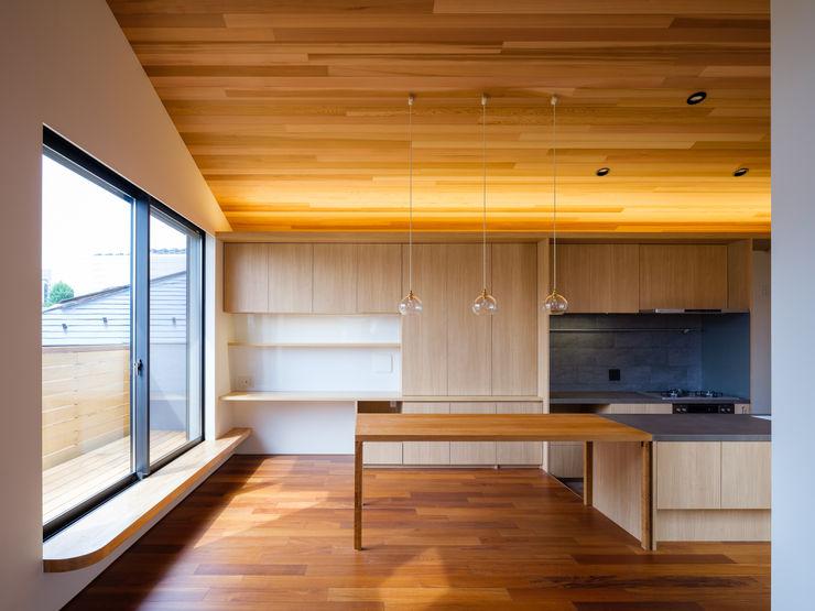 明大前の賃貸併用二世帯住宅 設計事務所アーキプレイス 北欧デザインの ダイニング 木 木目調