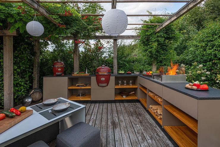 Echtes Handwerk aus Meisterhand. Freiluftküche   the real outdoor kitchen Balkon, Veranda & TerrasseMöbel
