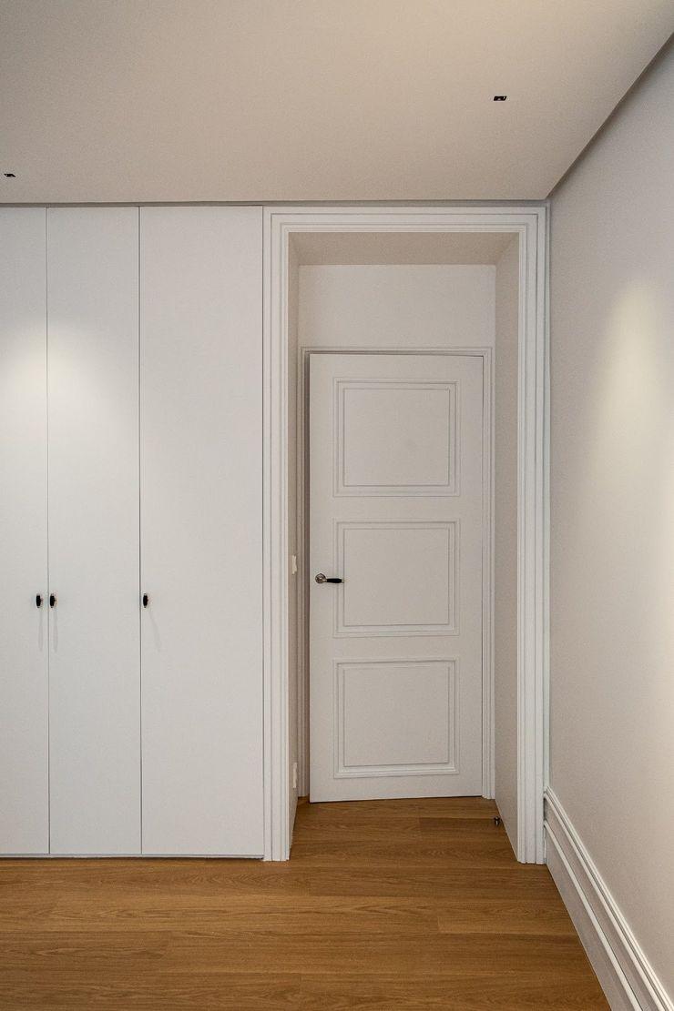 Spazio Vbobilbao Pasillos, vestíbulos y escaleras modernos