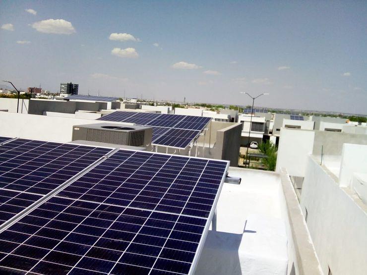 Instalación del sistema ESPECIALISTAS EN ENERGÍA SOLAR SOLAR MX INSTALACIÓN DE PANELES SOLARES Techos