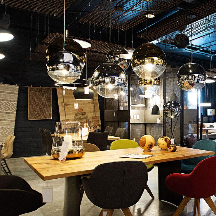 Edles Design durch Glasleuchten Skapetze Lichtmacher Moderne Esszimmer Glas Metallic/Silber