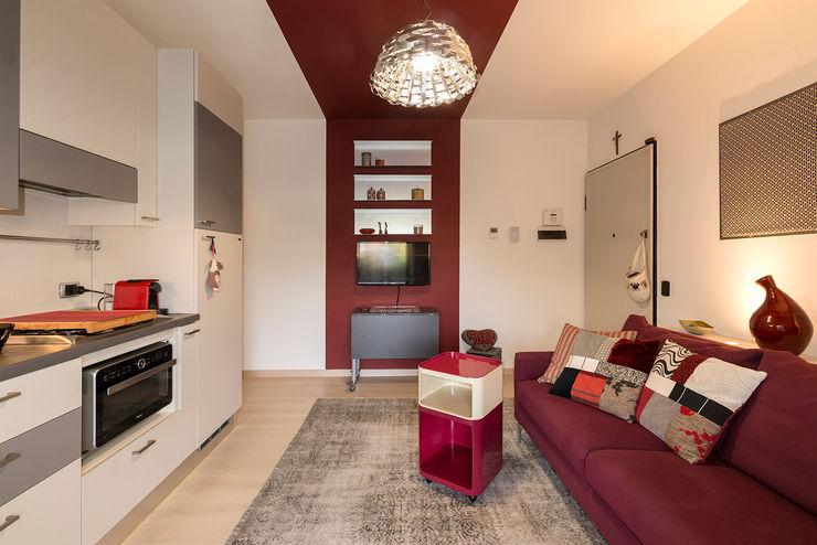 Essestudioarch Modern living room Multicolored