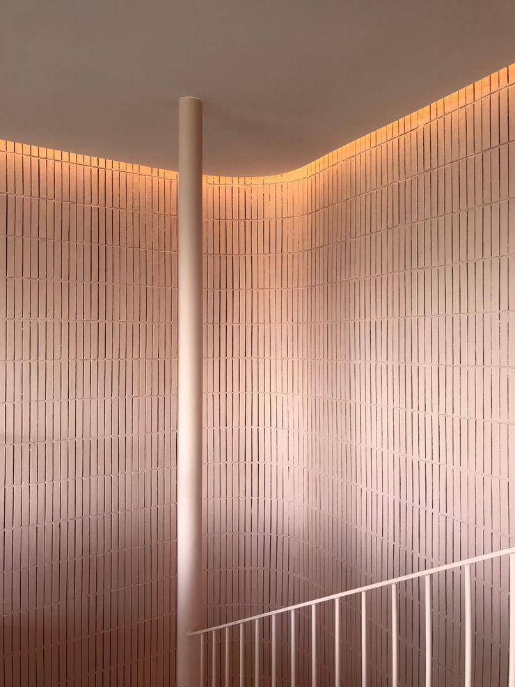 Scala Studio Zay Architecture & Design Scale Legno Rosa