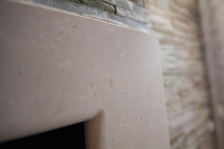 antonio felicetti architettura & interior design Ruang Makan Klasik Marmer Beige