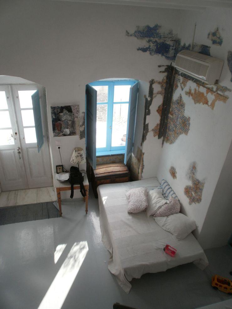 serramenti studio patrocchi Soggiorno in stile mediterraneo
