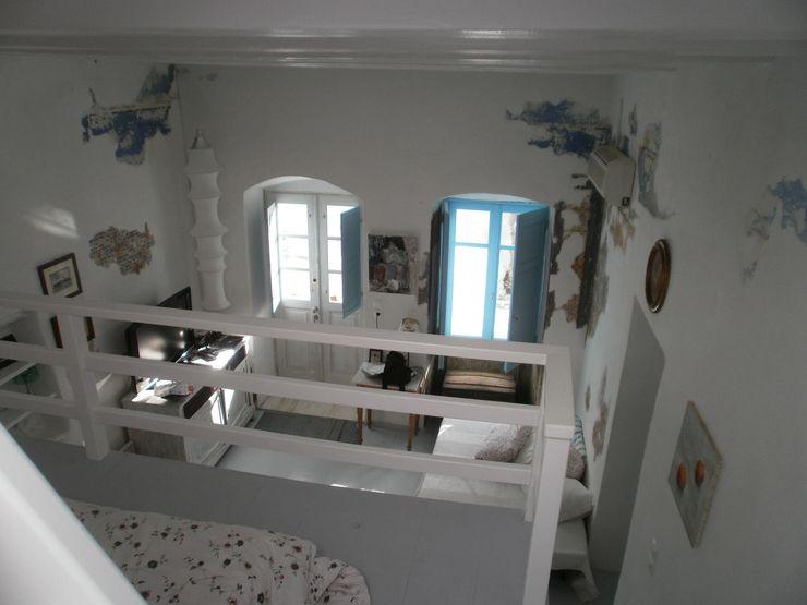 soffitto studio patrocchi Soggiorno in stile mediterraneo