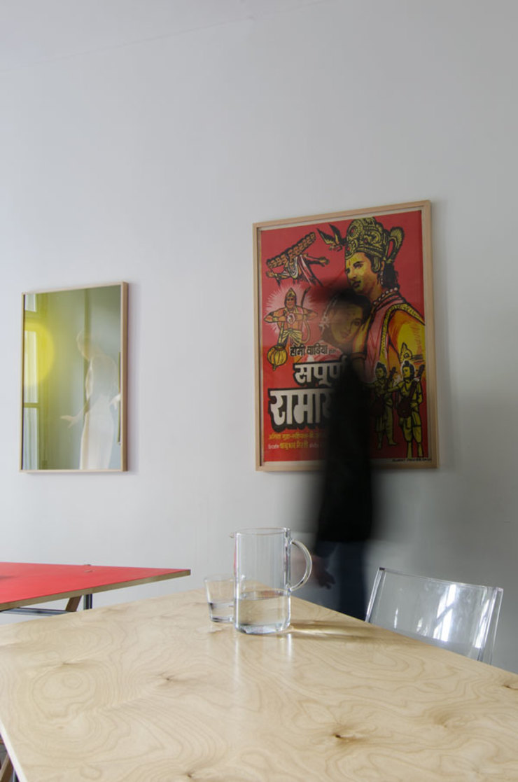 TAVOLO TRASFORMABILE/ configurazione amorfa Cerra+Corbani Sala da pranzo minimalista