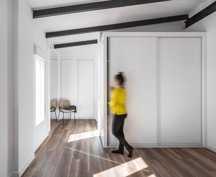 Ático en Valencia tambori arquitectes Dormitorios de estilo moderno