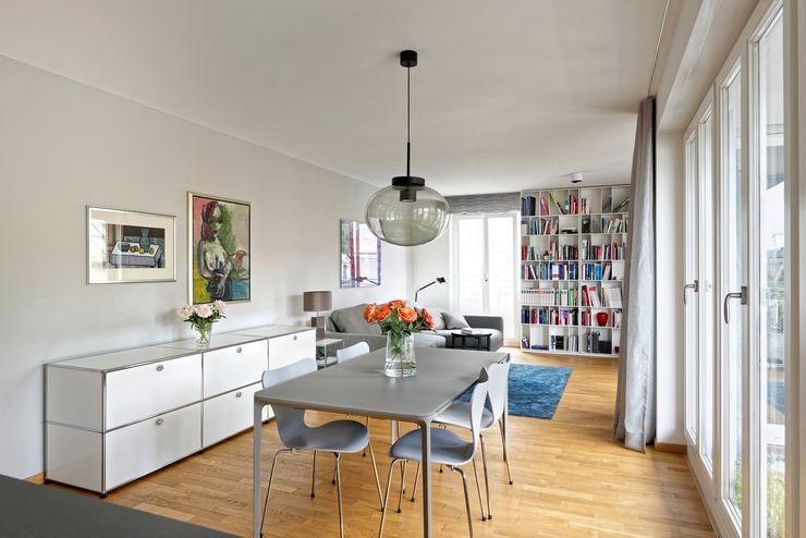 Heerwagen Design Consulting Modern Living Room Wood
