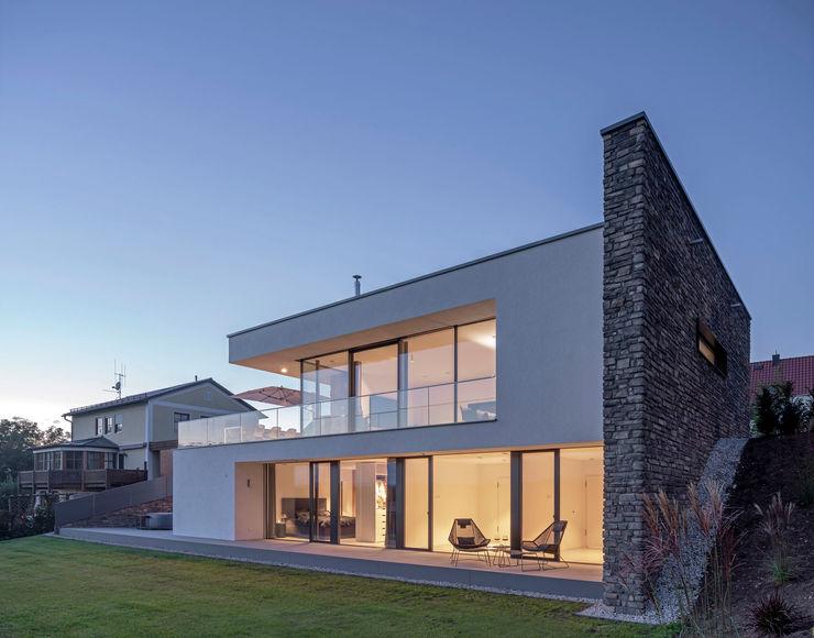 Fichtner Gruber Architekten Single family home Bricks White