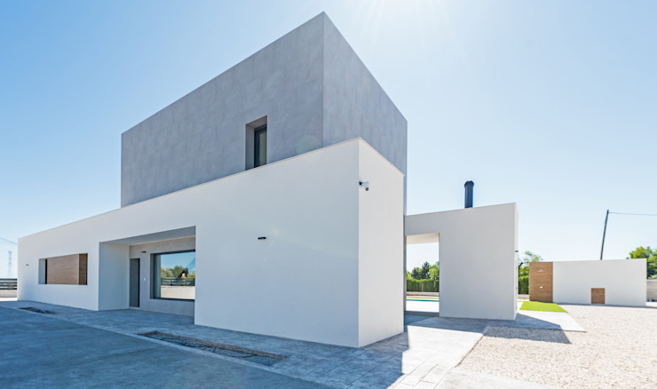 NUÑO ARQUITECTURA Single family home Ceramic Grey