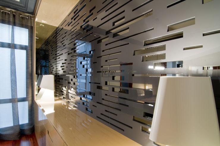 MANUEL TORRES DESIGN Dinding & Lantai Modern Grey
