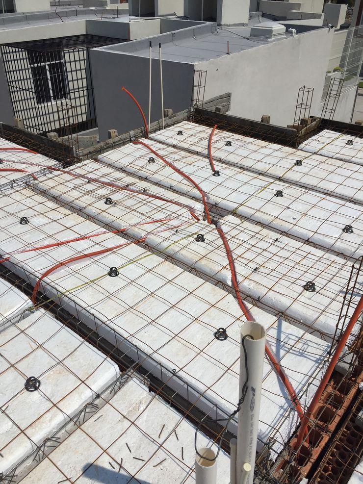 LACR Diseños y Construcciones Flat roof