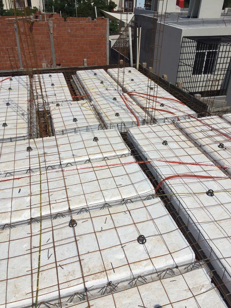 LACR Diseños y Construcciones Roof