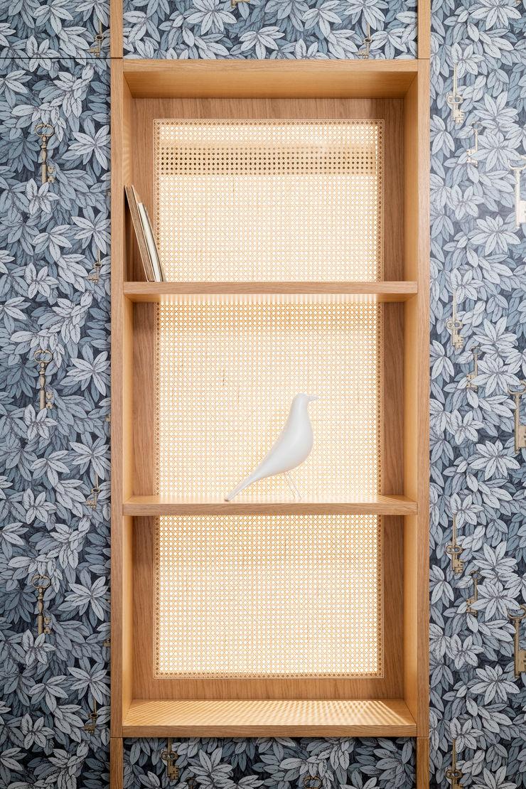 PLUS ULTRA studio Спальня Сірий