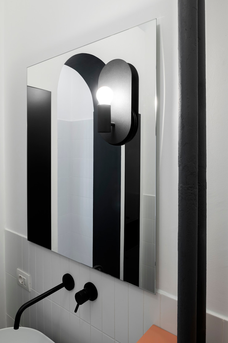 PLUS ULTRA studio Ванна кімнатаДзеркала