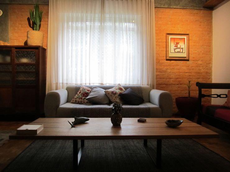 Pinheiros Paranã arquitetura Salas de estar rústicas