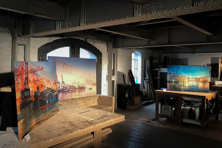 harbourlights Ausstellung in sehr seltener Umgebung, sehenswert ArtSelbach Moderne Wohnzimmer Aluminium/Zink Mehrfarbig