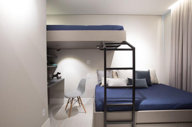 Nicole Franco Arquitetura e Interiores Boys Bedroom MDF Blue