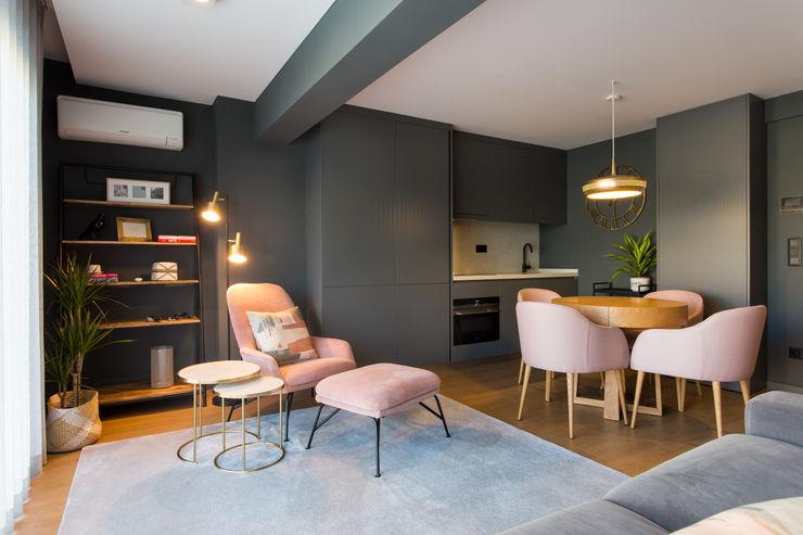 | Zona de Estar & Jantar | Traço Magenta - Design de Interiores Salas de estar modernas Rosa