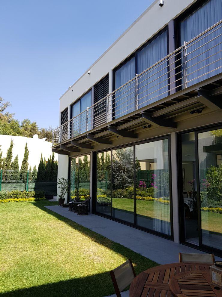 Merkalum uPVC windows Aluminium/Zinc Black