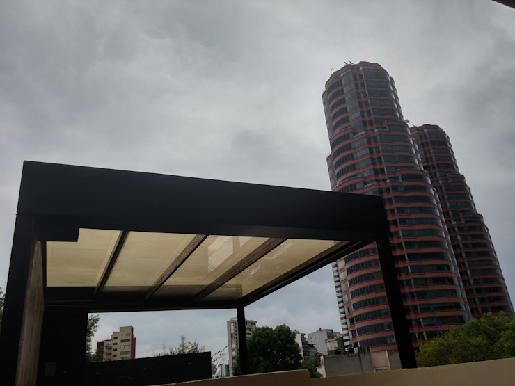 Merkalum Modern style balcony, porch & terrace Aluminium/Zinc Black