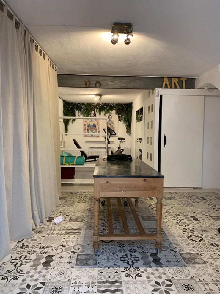 La casa VyF FGMarquitecto Gimnasios domésticos de estilo rústico