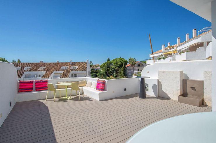 AFD ESTUDIO DE ARQUITECTO Balcone, Veranda & Terrazza in stile moderno