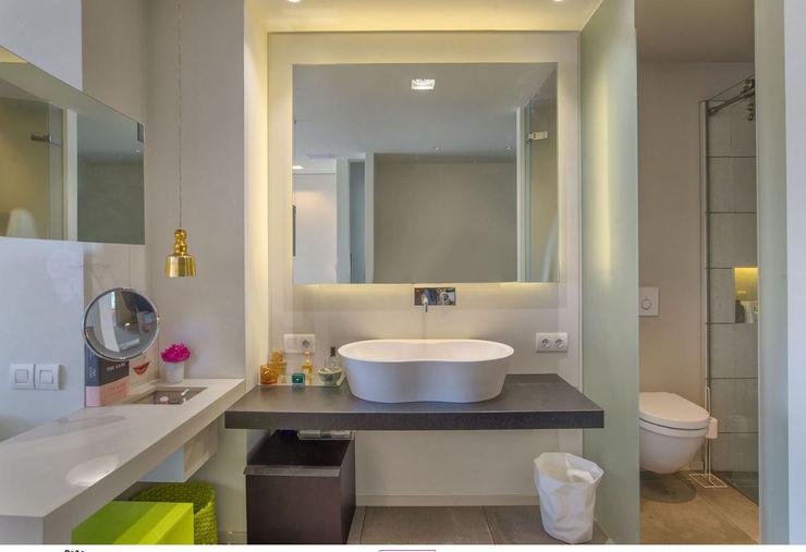 AFD ESTUDIO DE ARQUITECTO Modern Bathroom