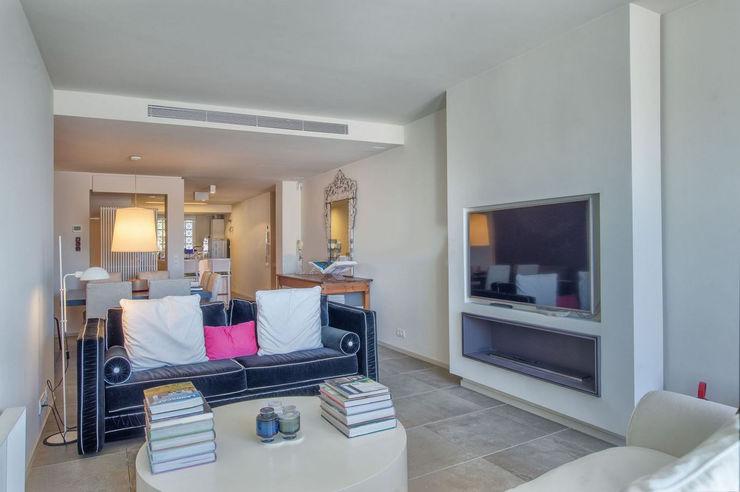 AFD ESTUDIO DE ARQUITECTO Modern Living Room