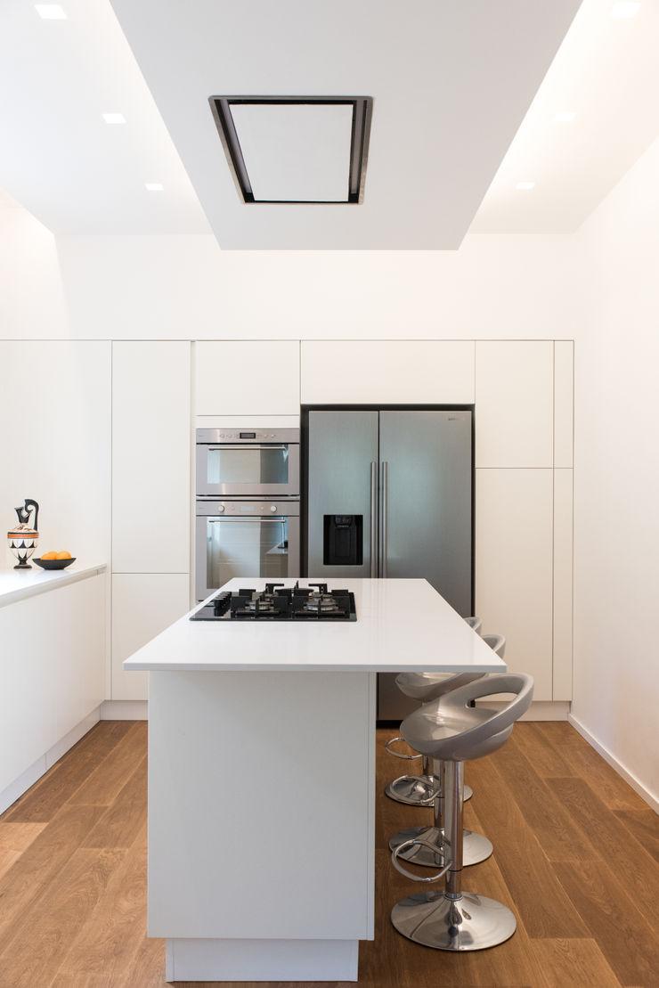 CASA D&E Andrea Orioli Cucina attrezzata Legno Bianco