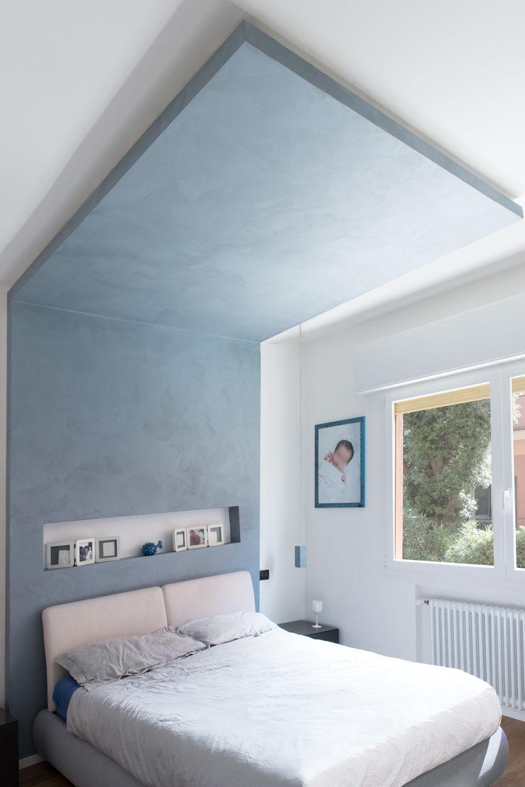 CASA D&E Andrea Orioli Camera da letto piccola Cemento Grigio