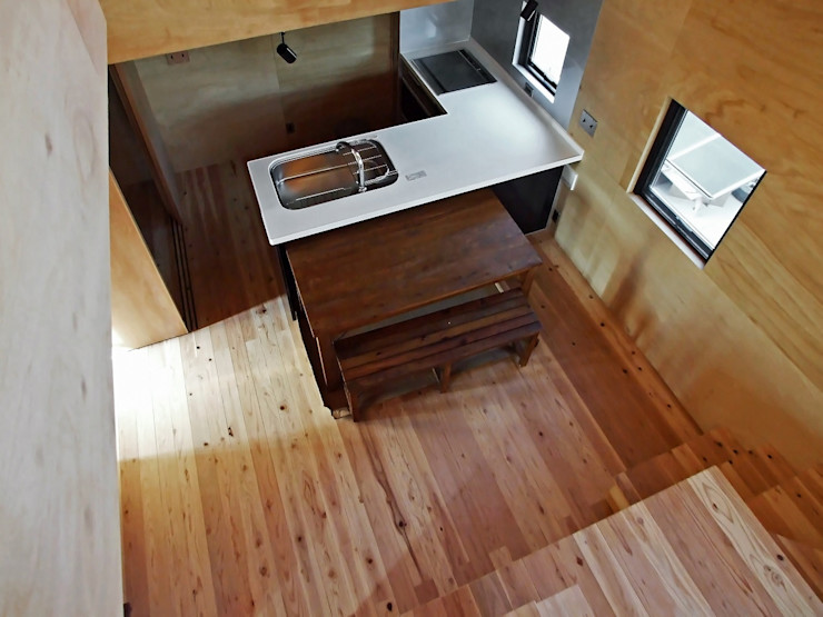 ダイニングキッチン 岩瀬隆広建築設計 モダンな キッチン 無垢材 木目調